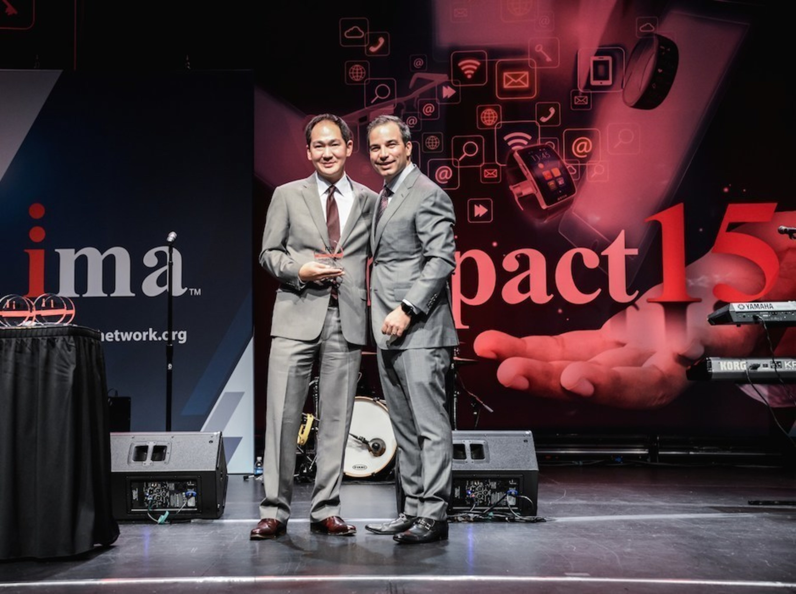 Evite CEO Victor Cho Named Internet Person of the Year at the Internet Marketing Association's 2015 IMPACT Awards