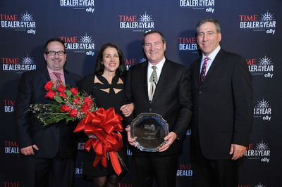 Ally and TIME present 2014 TIME Dealer of the Year award to Jeff Teague of Teague Ford Lincoln in El Dorado, Ark. (PRNewsFoto/Ally Financial) (PRNewsFoto/ALLY FINANCIAL)
