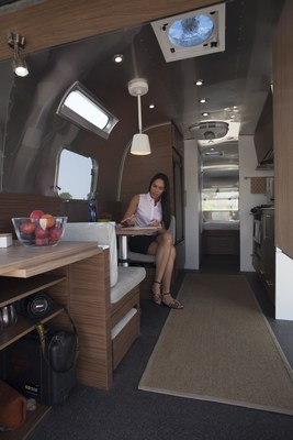 CCAD is taking its newly designed Airstream travel trailer on an eight-city fall admissions tour. The Airstream Pursuit was designed and named by a team of 120 students who collaborated across all nine of the college's majors. Designed with millennials in mind, the trailer features a work area combined with a living space, geared toward young professionals looking for a mobile office concept that allows them to blend their personal and professional pursuits. The student project on wheels will visit high schools and colleges in Chicago, Washington, DC, Pittsburgh, Cincinnati, Indianapolis, Cleveland, Detroit and Louisville. (PRNewsFoto/Columbus College of Art & Design)