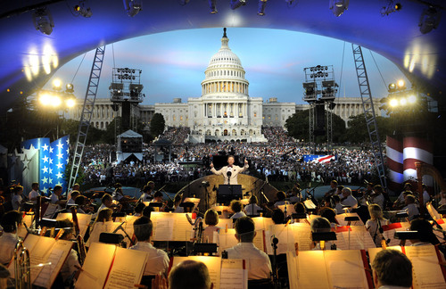 "American Idol winner Candice Glover will perform the ""National Anthem"" at the U.S. Capitol for ..."