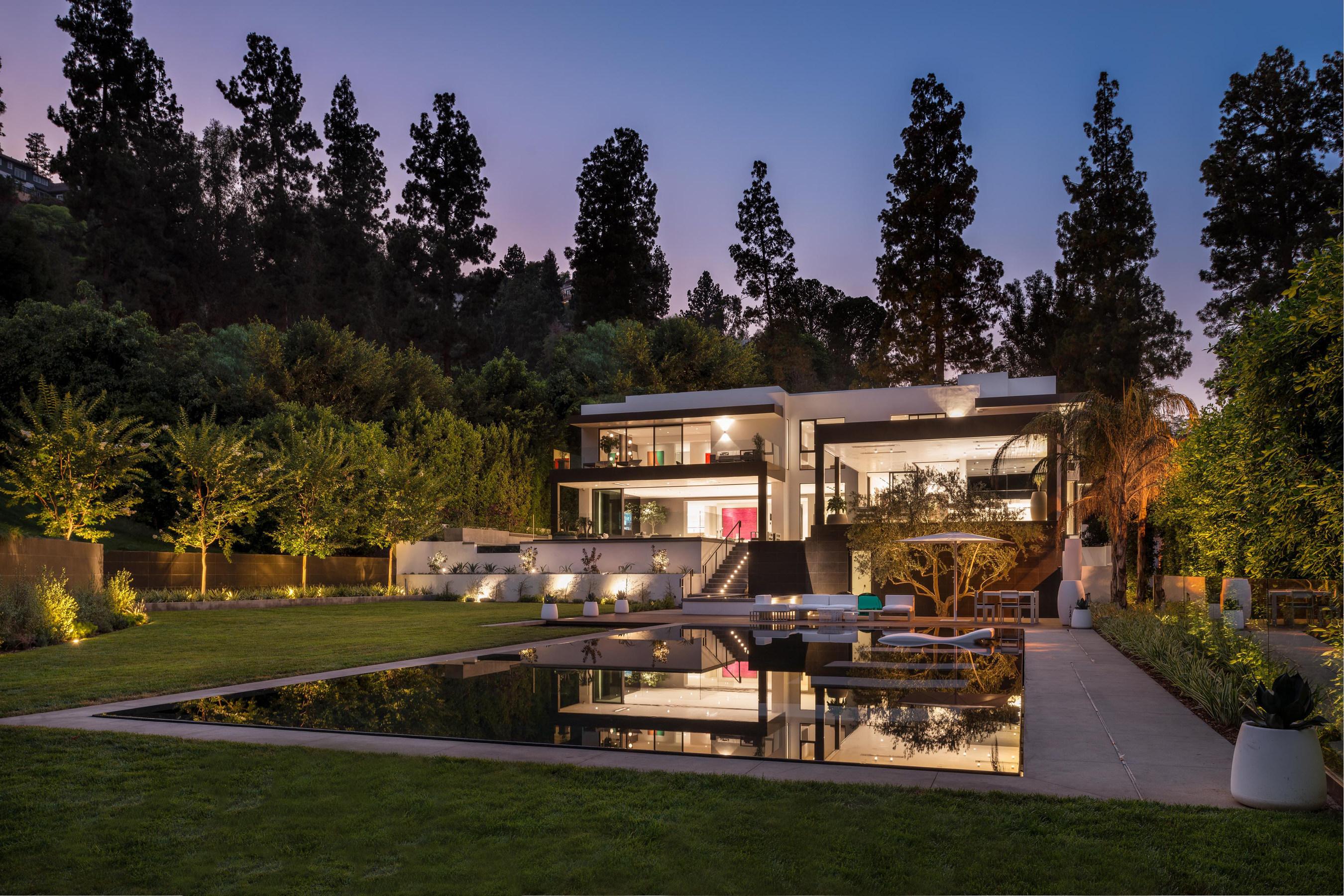 Fashion Mogul Charles Park Makes Spectacular Entry Into Custom Home Design