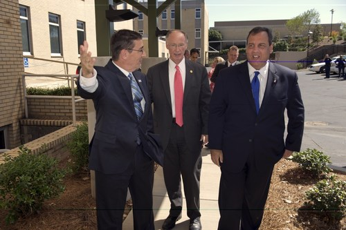 Governor Robert Bentley and Governor Chris Christie Visit Southern Research Institute.  (PRNewsFoto/Southern ...