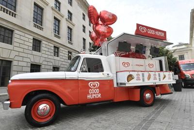 El escuadro de la alegria Good Humor(R) y el camion de helados Good Humor(R) sorprenderan y deleitaran a los residentes de Miami desde el 25 de agosto hasta el 18 de septiembre. Los fans pueden seguir a Good Humor(R)  en Foursquare para obtener actualizaciones en tiempo real de la ubicacion del Camion Good Humor(R), o twitteandonos a @GoodHumor para saber cuando estara el camion Good Humor(R)  visitando su vecindario.