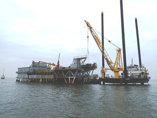 Inland Salvage Inc. Successfully Refloats Stranded Drill Barge from the Caillou Island Oilfield in