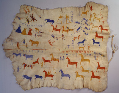 """Blackfeet elk skin robe with painted decoration depicting war honors of Mountain Chief, ca. 1920. Attributed to James White Calf (Blackfeet, ca. 1858-1970). On view in """"Unbound: Narrative Art of the Plains,"""" opening March 12, 2016, at the National Museum of the American Indian in New York City located at One Bowling Green. The exhibition is an exploration of the narrative tradition among Native peoples of the Great Plains from the 19th century to present day. Photo by Katherine Fogden, NMAI. (22/1878)"""