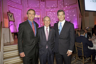 (From Left to Right) Robert Kennedy Jr., Mayor Bloomberg, and Louis Bacon.  (PRNewsFoto/Moore Charitable Foundation)
