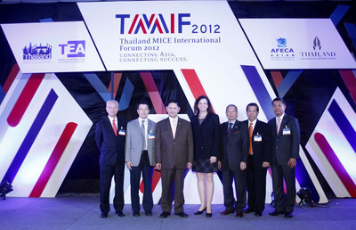 Deputy Prime Minister and Tourism and Sport Minister Chumpol Silapa-archa, third left, poses for pictures along with key leaders in the global MICE (the meetings, incentives, conventions, and exhibitions) industry, including Thongchai Sridama, second right, Acting President of the Thailand Convention and Exhibition Bureau (TCEB), during the opening ceremony of 'Thailand MICE International Forum 2012' held by the TCEB.  (PRNewsFoto/Thailand Convention & Exhibition Bureau)