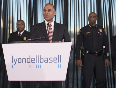 LyondellBasell CEO, Bob Patel, presents checks for $35,000 each to the Fire Fighters Foundation of Houston and the Houston Police Foundation. [Left] Houston Fire Chief Rodney West [Center] LyondellBasell CEO, Bob Patel [Right] Houston Police Chief Charles McClelland