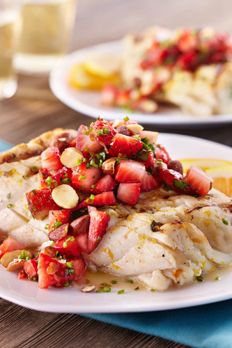 Citrus Halibut with Strawberry Relish (PRNewsFoto/California Strawberry Commission)