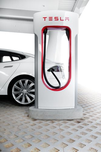 Tesla Model S and Supercharger (PRNewsFoto/Tesla Motors)