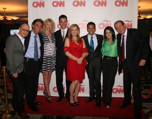 Left to right: Juan Carlos Arciniegas, Carlos Montero, Ana Maria Montero, Diego Bustos, Cynthia Hudson, Ismael Cala, Claudia Palacios, Jose Levy. (PRNewsFoto/CNN en Espanol)