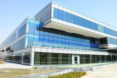 GEZE door automation in Al Jalilah Hospital Dubai. (PRNewsFoto/GEZE GmbH)