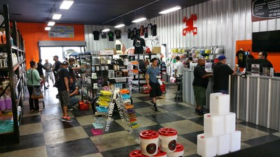 Detail garage franchise announces new location in san for Garage sans franchise