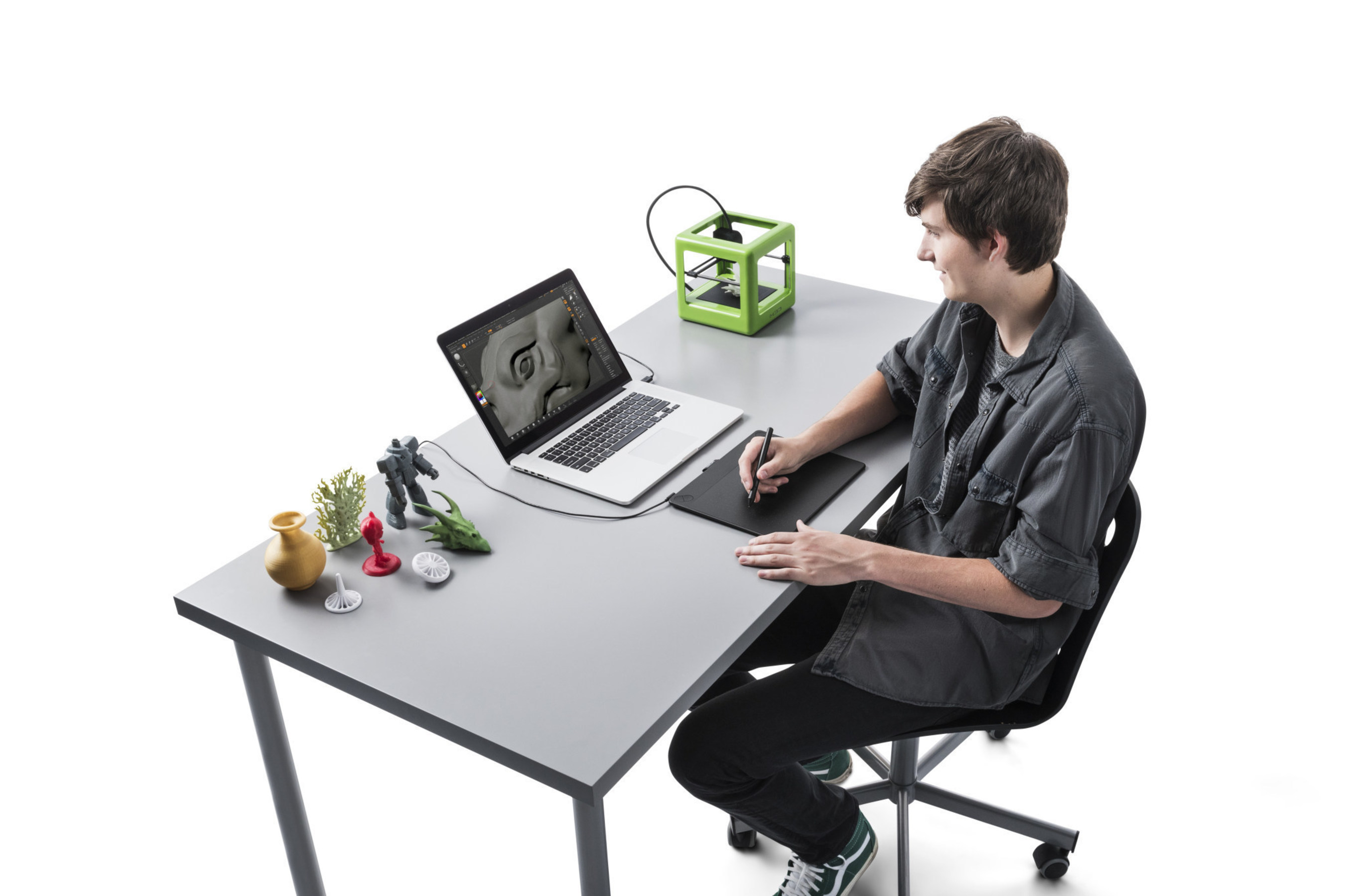 Create print-ready 3D sculptures with Wacom's Intuos 3D pen and Pixologic's ZBrushCore software.
