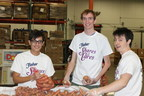 Texas high school students joined hundreds of volunteers from across the state to participate in the third annual Fisher Shares and Cares Volunteer Night. In partnership with Feeding Texas, Fisher Nuts contributed $40,000 and helped collect nearly 55,000 pounds of food at 5 separate local food pantries.