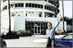 Paul McCartney Signs Worldwide Recording Agreement With Capitol Records