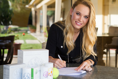Caroline Wozniacki signs with USANA Health Sciences.