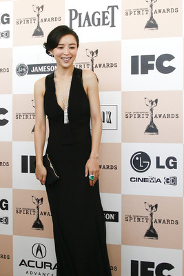 Jing Chu Zhang wears LANA MARKS Cleopatra Clutch to the 2011 Independent Spirit Awards.  (PRNewsFoto/LANA MARKS)