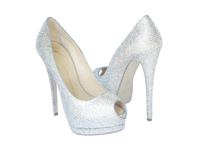 Million-Dollar Shoes from Crystal Heels. (PRNewsFoto/Crystal Heels) (PRNewsFoto/CRYSTAL HEELS)