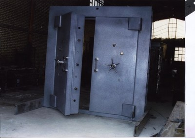 The original image obtained by the NCRI. The background shows parts of the GMP workshop where the door was built for Lavizan-3.