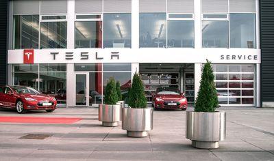 Amsterdam Zuid-Oost Service (PRNewsFoto/Tesla Motors Inc)