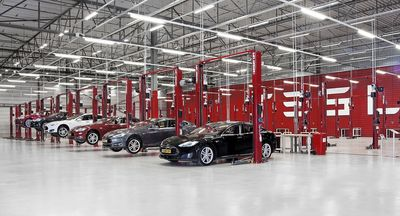 Amsterdam Zuid-Oost Service Center (PRNewsFoto/Tesla Motors Inc)