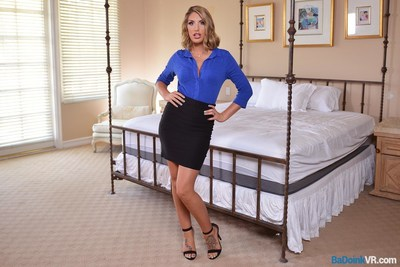 Adult starlet August Ames on set with BaDoinkVR's new Virtual Sexology.