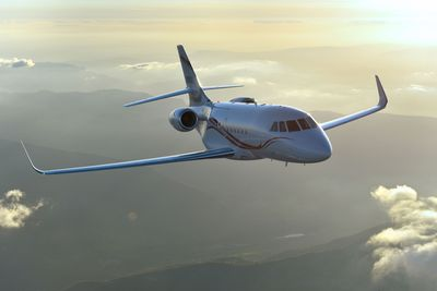 The Falcon 2000LXS, the ultimate combination of range, agility and comfort.