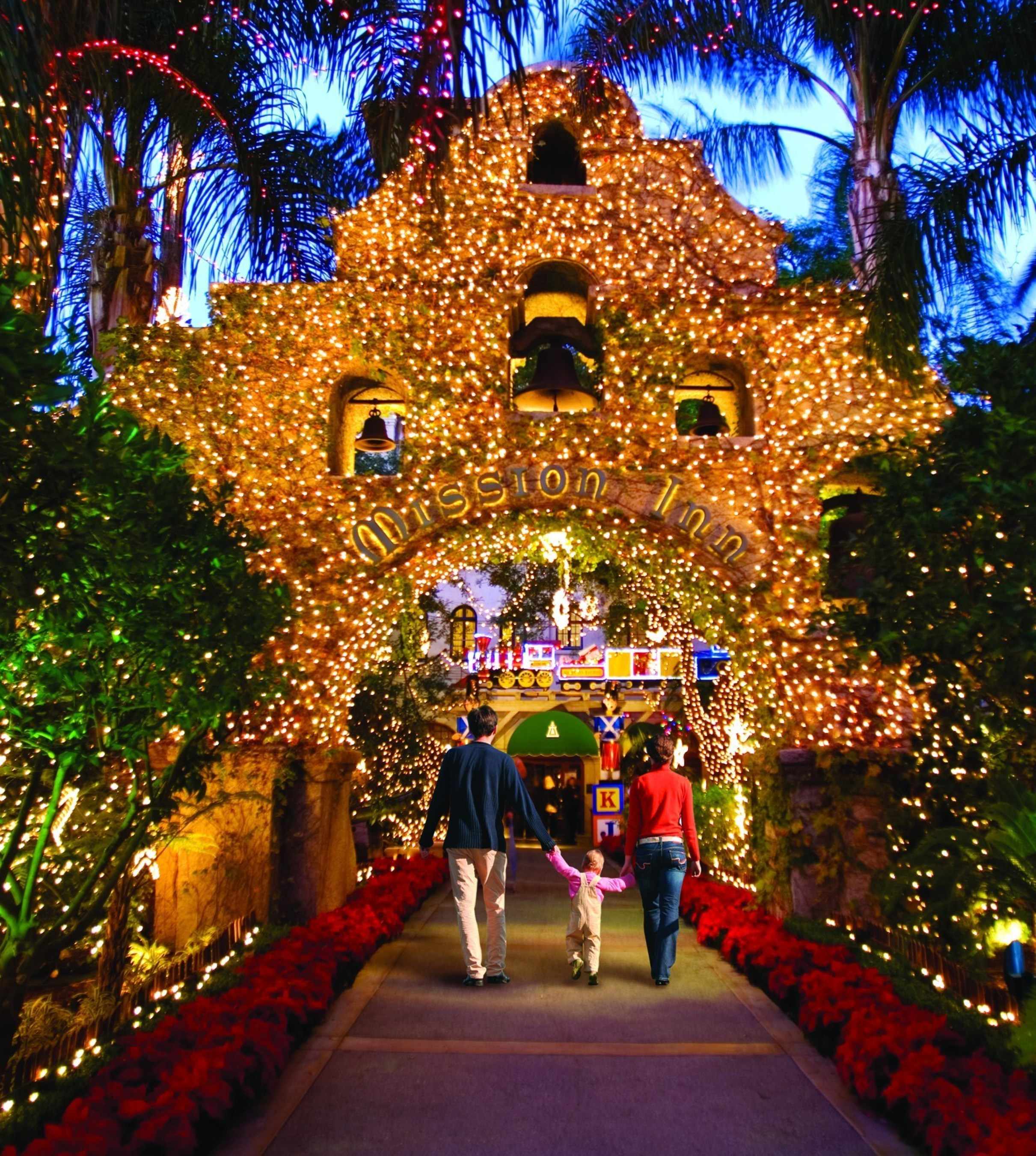 The Aaa Four Diamond Historic Mission Inn Hotel Spa S 22nd Annual Festival Of Lights