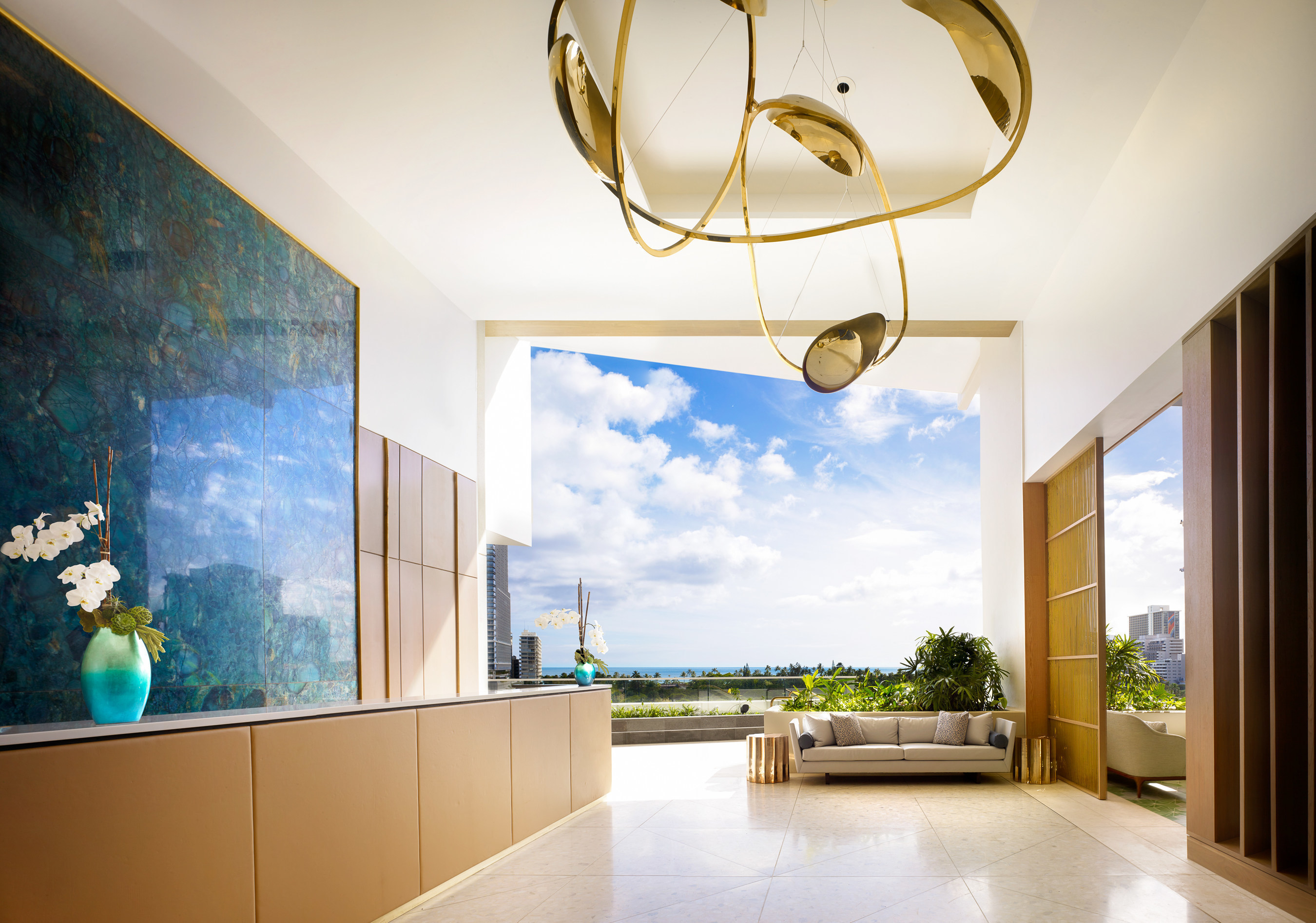 The Ritz-Carlton Residences, Waikiki Beach opened its doors to a new wave of global travelers to the majestic island of Oahu in world-renowned Waikiki.