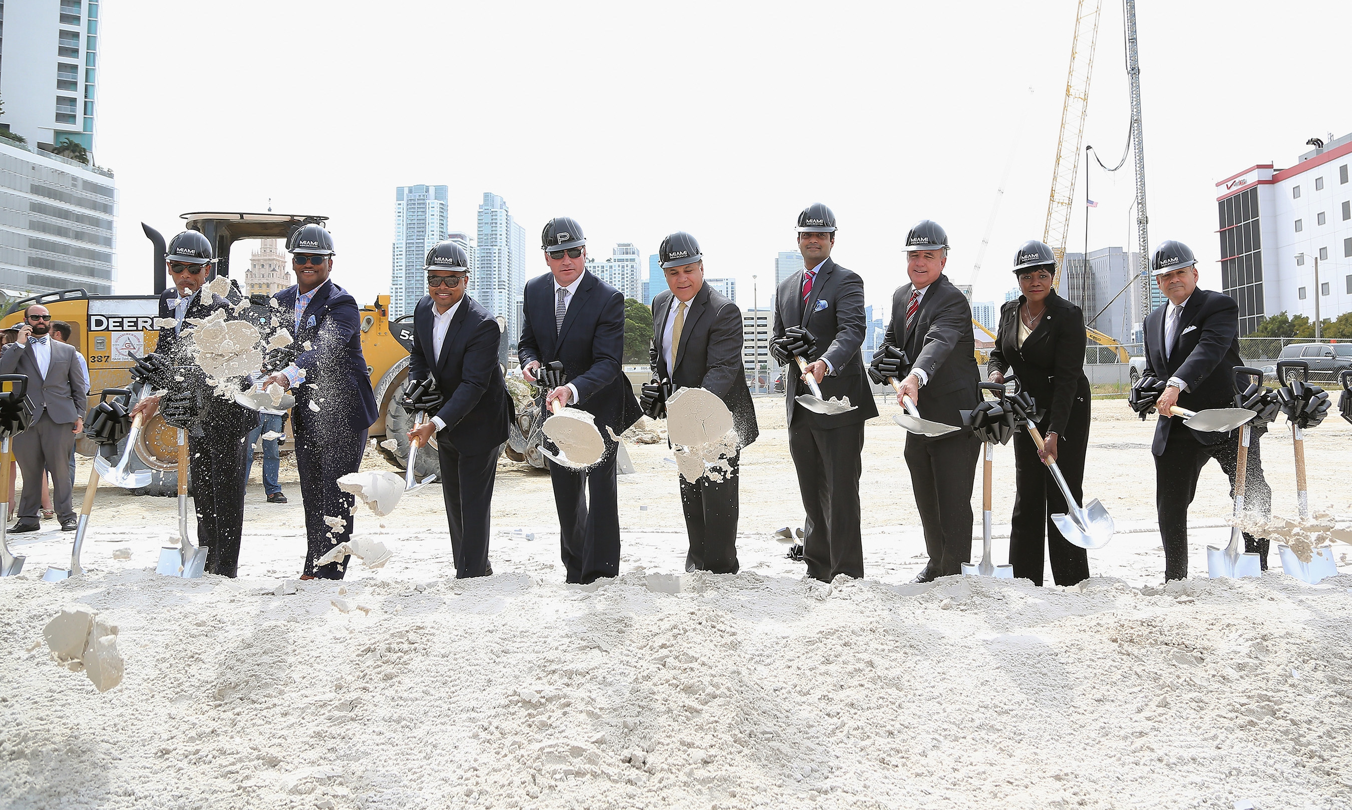 Miami-Dade Mayor Carlos Gimenez, Commissioners and Miami Worldcenter Developers Daniel Kodsi, Nitin Motwani and Art Falcone Break Ground on America's Second-Largest Urban Development Featuring 700-foot, 60-story, $500 Million Dollar Signature Luxury Residential Skyscraper, Paramount Miami Worldcenter.