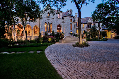 Auction September 26 of Luxury Estate - The M Mansion by Concierge Auctions DallasEstateAuction.com.  (PRNewsFoto/Concierge Auctions)