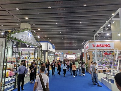معرض كانتون يقدم ترقية لأسلوب الحياة للعملاء الدوليين