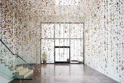 A floral art installation by Rebecca Louise Law, photo courtesy of Chan Dran Gallery, San Francisco.