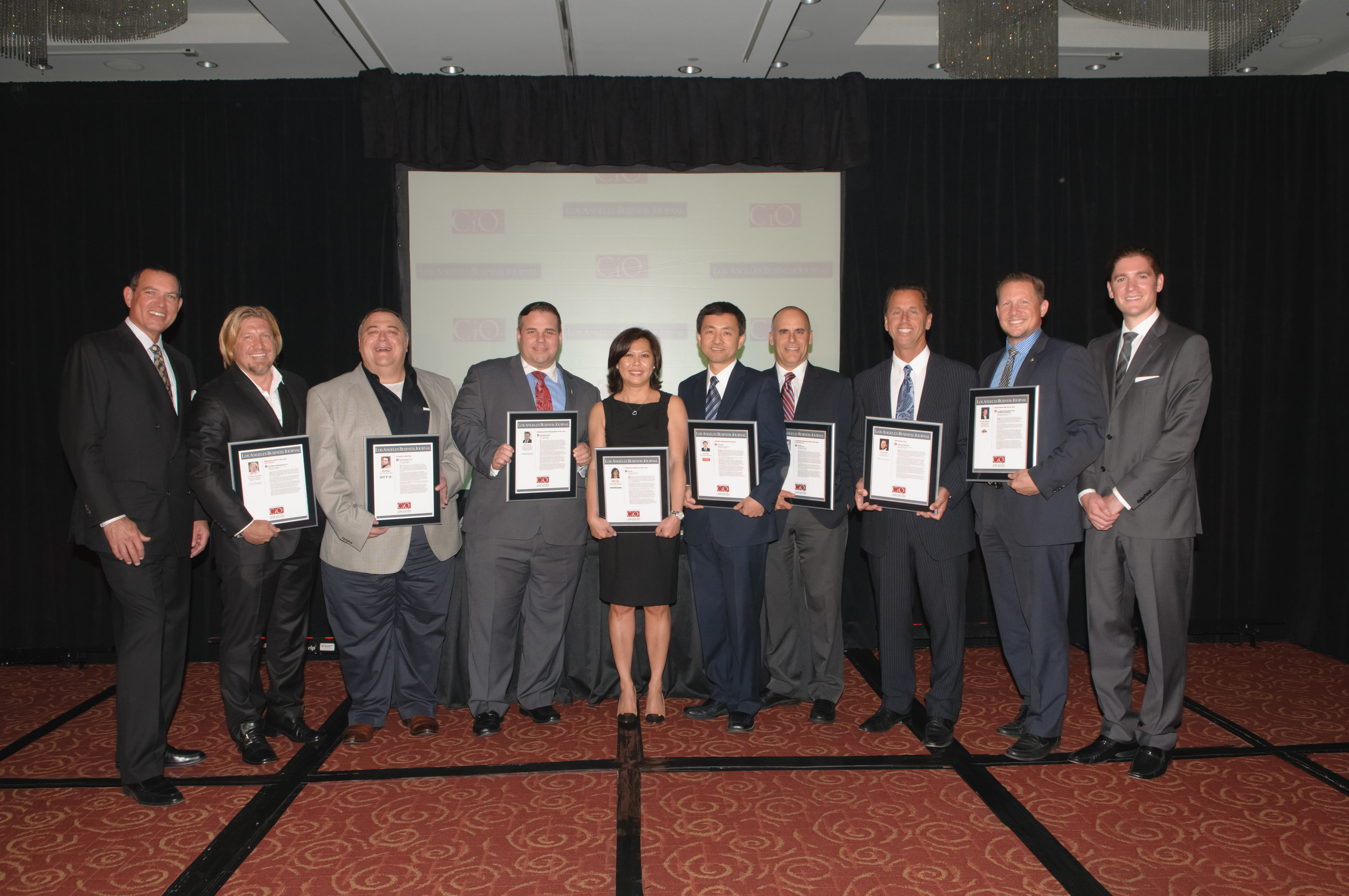 WILLIAMS DATA MANAGEMENT CO-PRESENTS LOS ANGELES BUSINESS JOURNAL'S 2015 CIO/CTO'S OF THE YEAR AWARD WINNERS