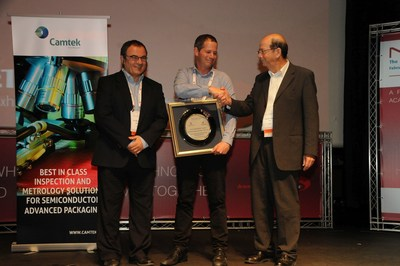 Dr. Shaul Lapidot, Co-Founder and CEOof Melodea, receives Nanotechnology Innovation of the Year Award at NanoIsrael 2016