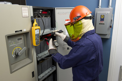 The rugged, compact 500 Series Battery Analyzers perform all key measurements; including battery resistance, dc and ac voltage, dc and ac current (Fluke BT521 model only), ripple voltage, frequency, and battery temperature (BT521 only). 500 Series Battery Analyzers have been specifically designed for measurements on stationary batteries including GEL, AGM (absorbed glass MAT), lithium-ion, as well as wet-cell lead-acid batteries. (PRNewsFoto/Fluke Corp.)