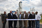 Linde executives and local officials cut the ribbon on the company's new ASU in La Porte, Texas.
