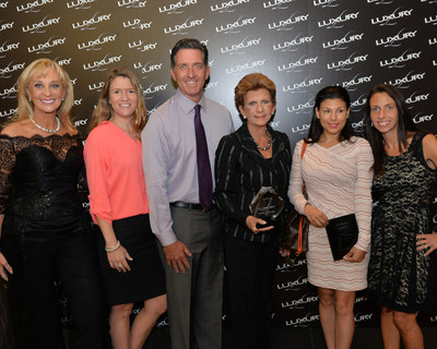 Diane Warga-Arias, Advisor for LUXURY by JCK with the LUXURY Retailer of the Year team Julie Izanec, Sean Dunn, Ann Marie Dunn, Natalie Feanny of J.R. Dunn Jewelers, and Sarin Bachmann, Director for LUXURY, LUXURY Prive & Swiss Watch Events. J.R. Dunn Jewelers, of Lighthouse Point, FL was named 2015 LUXURY Retailer of the Year.