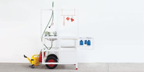"""Mobile Hospitality""-Kitchen by Neue Wiener Werkstaette, at ICFF 2014. Credits: NWW/chmara.rosinke. Photographer: Maciej Chmara. (PRNewsFoto/KAPO Moebelwerkstaetten GmbH)"