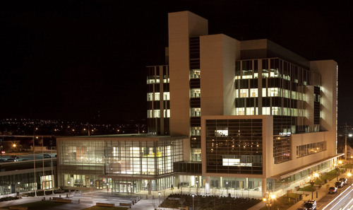 New, Integrated Ontario Courthouse Utilizes Cooper Lighting Products to Satisfy Energy-Efficiency