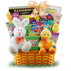 GiftBasketsOverseas.com offers delicious Easter Baskets for the kids.   (PRNewsFoto/GiftBasketsOverseas.com)