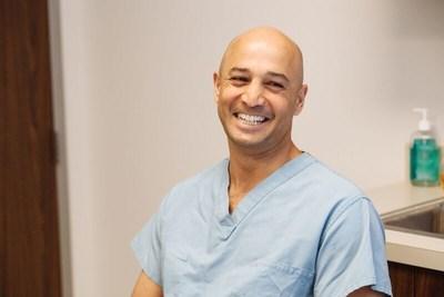 Dr. Tibor Racz Implants First Senza(R) Spinal Cord Stimulator in Dallas