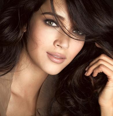Daniela de Jesus is the new face of Maybelline New York.  (PRNewsFoto/Maybelline New York)