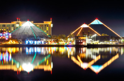 Festival of Lights opened Saturday with an impressive crowd at Moody Gardens in Galveston, TX