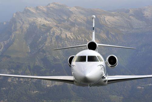 The efficient, more agile Falcon 7X (PRNewsFoto/Dassault Falcon)