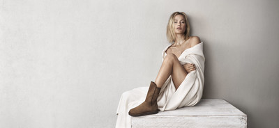 Model Carolyn Murphy in the Abree Short boot from the new Classic Luxe Collection by UGG