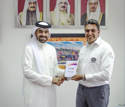 VIVA representative Jamal Al Sayed and MMC President Fayez Ramzi