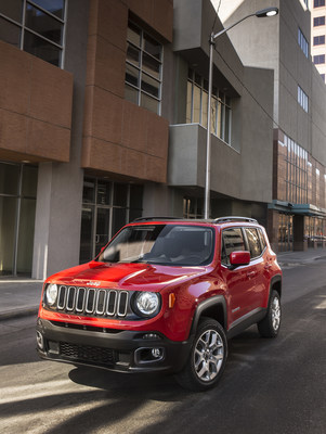 2016 Jeep Renegade and 2016 Ram 3500 recognized by the Hispanic Motor Press