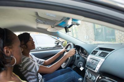 State Farm(R) survey reveals alarming gap among parents and teen drivers. (PRNewsFoto/State Farm) (PRNewsFoto/STATE FARM)